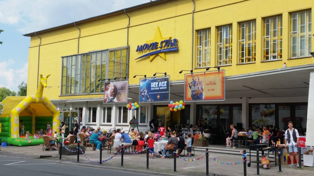 Hüpfburg Center Sternberg